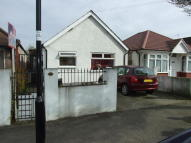 3 bed Bungalow in Millet Road, Greenford