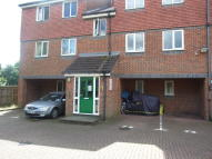 1 bedroom Flat in Frensham Close, Southall