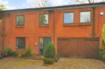 2 bedroom Town House in Albury Square, The Park...
