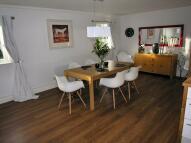 Apartment for sale in Warren Road...