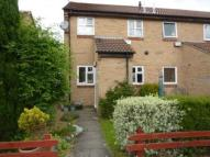 1 bed Ground Maisonette in Rosewood Gardens...