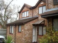 4 bedroom Terraced house in WORCESTER PARK, Surrey