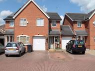 3 bed semi detached property in Mulberry Mead, HATFIELD...