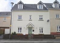 4 bed semi detached home for sale in Lakeside Way, Nantyglo...