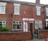 2 bedroom Terraced home in 40 Queen Street, Clifton...