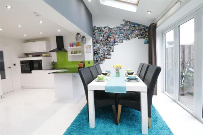 3 Bedroom Semi Detached House For Sale In Sandpiper Road Thorpe