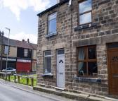 2 bedroom End of Terrace home to rent in Booth Street, Hoyland...