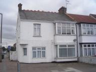 4 bed semi detached house in Hamstel Road...