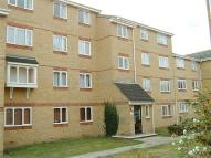 2 bedroom Flat to rent in The Glen, Vange...