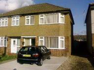 3 bedroom semi detached house to rent in Davis Road, Aveley...