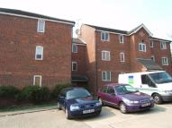 Studio apartment to rent in Howburgh Court...