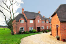 5 bed Detached property in Freasley