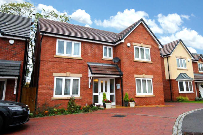 4 bedroom detached house for sale in stanegate dosthill tamworth b77 1jx b77