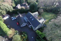 6 bedroom Detached property for sale in Whateley Green...