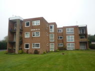 2 bedroom Apartment in Duncan House...
