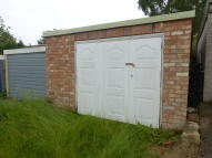 Garage in Garage, Elms Road for sale