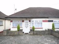 3 bedroom Semi-Detached Bungalow in Hale Drive, Mill Hill...
