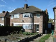 3 bedroom semi detached property to rent in Engel Park, Mill Hill