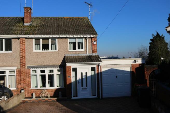 3 bedroom semi detached house for sale in chaytor road polesworth tamworth b78