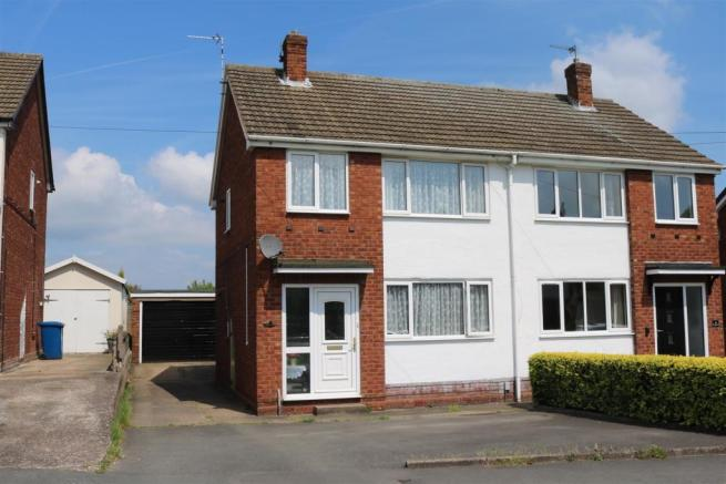 3 bedroom semi detached house for sale in ashleigh drive tamworth b77
