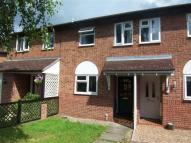 2 bed house in Lauderdale Close...