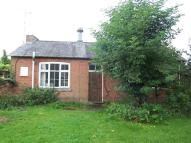 Bungalow to rent in High Street, Hillmorton