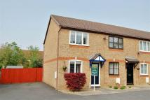 2 bedroom property to rent in Overdale Close...