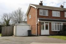 3 bedroom semi detached house in Pentland Close, Hinckley