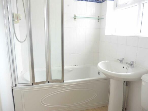 Bathroom  (rear)
