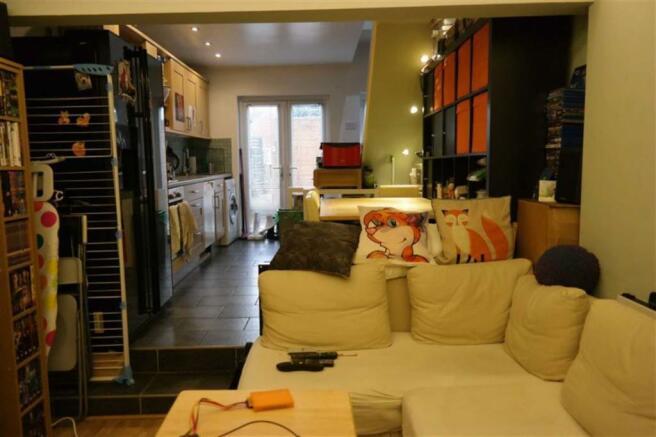 Sunken lounge (rear)