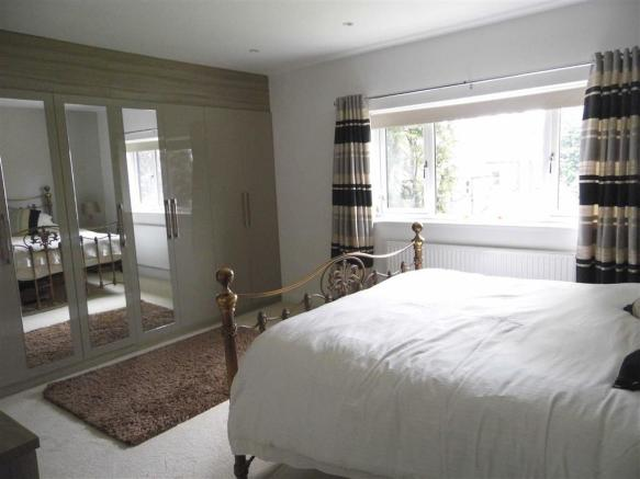 MASTER BEDROOM - to