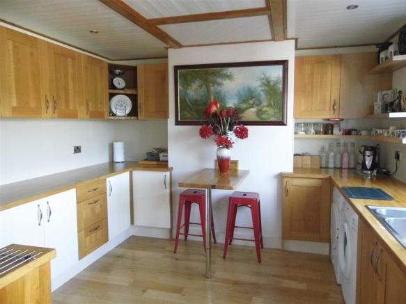 DINING KITCHEN - to