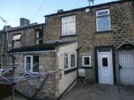 Terraced home to rent in Blackmoorfoot Road...
