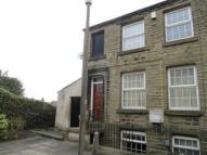 2 bed End of Terrace house in Lidget Street, Lindley...