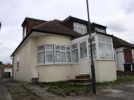 Winston Avenue Semi-Detached Bungalow to rent