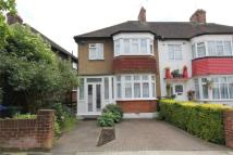 Glendale Gardens semi detached property to rent