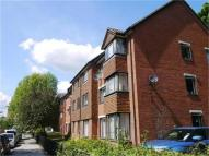 Flat to rent in Pargraves Court...