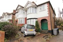 Apartment in Doreen Avenue, Kingsbury...