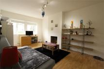 1 bed Apartment in Newland Court...
