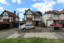 Link Detached House to rent in Barn Rise, Wembley, HA9