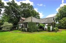 4 bed Detached home in Old Woosehill Lane...