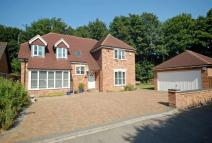 4 bedroom Detached house in Chorleywood
