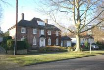 6 bedroom house to rent in Moor Park