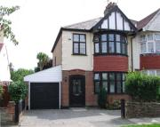 semi detached home to rent in Leigh on Sea
