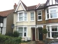 Apartment to rent in Grange Road, Leigh on Sea
