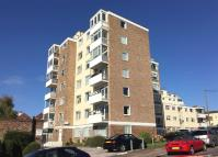 Apartment to rent in Leigh on Sea