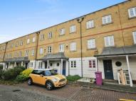 3 bedroom Town House to rent in Jodrell Road, Bow E3