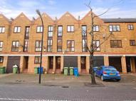 Town House to rent in Brunswick Quay...