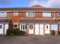 1 bed Terraced property in Farriers Close, Swindon...