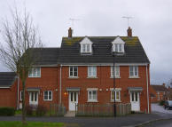 3 bed Town House in Callington Road...